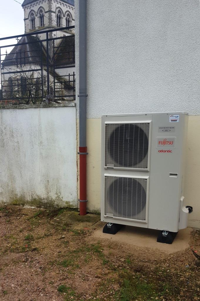 Rénovation totale chauffage central fioul par pompe à chaleur à LOISY SUR MARNE (513000)